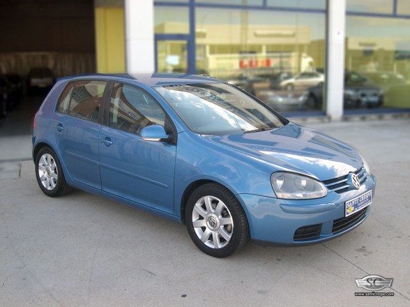 VW GOLF 2.O TDI SPORTLINE